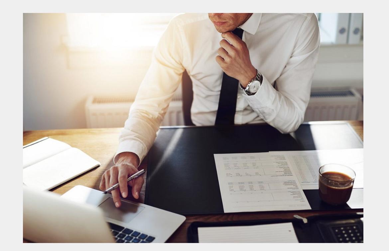 Verträge wie Wohnungseigentumsrecht (WEG), Maklerrecht, Mietrecht, Grundstücksvertragsrecht, Grundstücksrecht,  prüfen